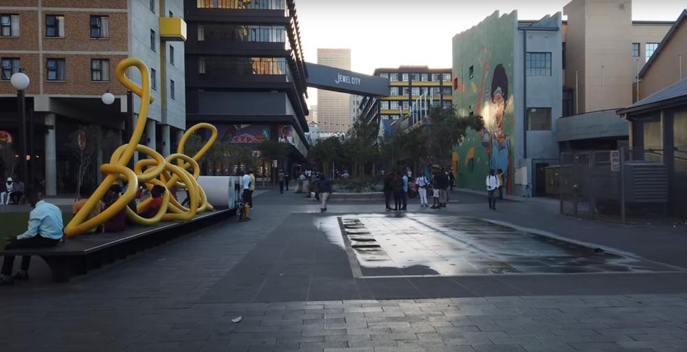 Jewel City pedestrian walkway